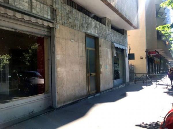 Negozio in vendita a Torino, 34 mq