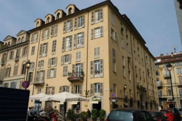 Appartamento in vendita a Torino, Centro, Con giardino, 70 mq
