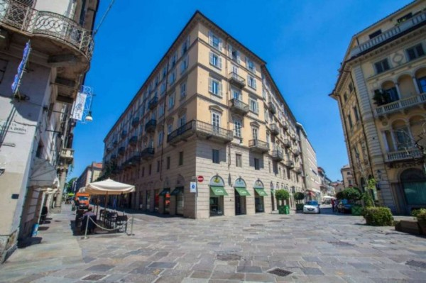 Appartamento in vendita a Torino, Pedonale, 210 mq - Foto 1