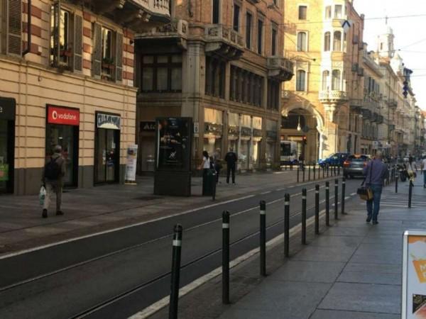 Locale Commerciale  in vendita a Torino, Centro, Arredato, 90 mq - Foto 2