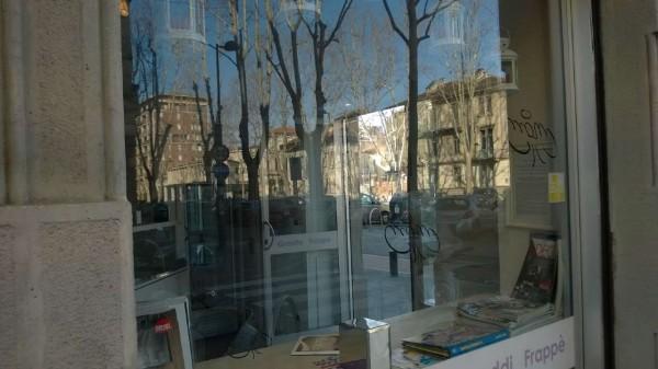 Locale Commerciale  in vendita a Torino, Arredato, 45 mq - Foto 2