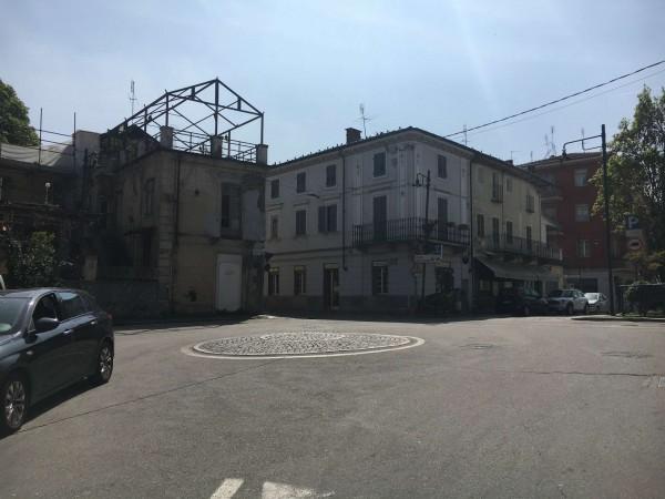 Locale Commerciale  in vendita a Torino, Cavoretto, Arredato, 120 mq - Foto 1