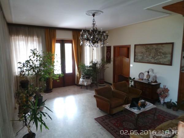 Casa indipendente in vendita a Cumiana, Centro, Con giardino, 400 mq - Foto 4