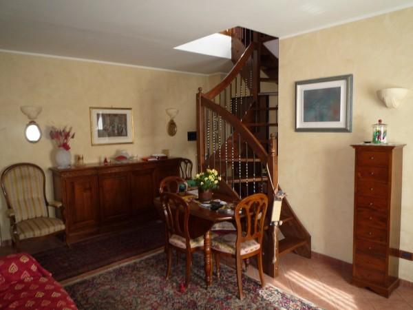 Appartamento in vendita a Osasco, Centro, Con giardino, 100 mq