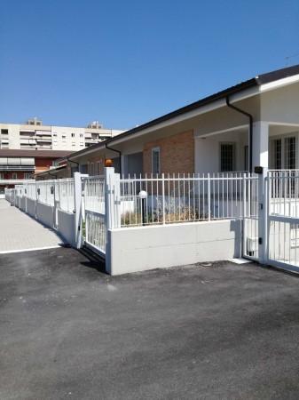 Villetta a schiera in vendita a Ciampino, Con giardino, 220 mq - Foto 3