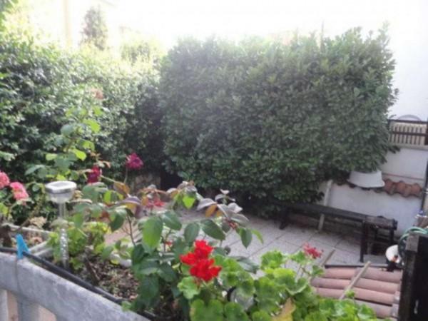 Casa indipendente in vendita a Vittuone, Con giardino, 170 mq