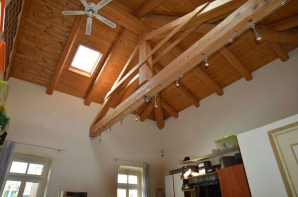 Rustico/Casale in vendita a Orbassano, Centro, Arredato, con giardino, 1000 mq - Foto 11