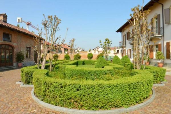 Rustico/Casale in vendita a Orbassano, Centro, Arredato, con giardino, 1000 mq - Foto 1