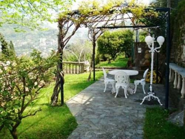 Locale Commerciale  in vendita a Camogli, Ruta, Con giardino, 100 mq