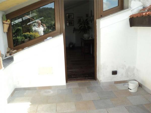 Locale Commerciale  in vendita a Ronco Scrivia, Arredato, con giardino, 300 mq - Foto 3