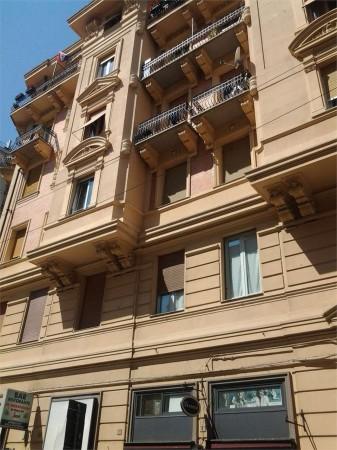 Locale Commerciale  in vendita a Genova, Foce, 110 mq - Foto 1