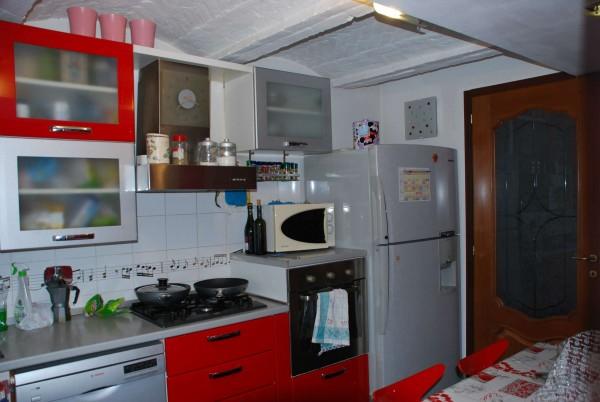 Casa indipendente in vendita a Castagnole Piemonte, Centro Paese, Con giardino, 130 mq