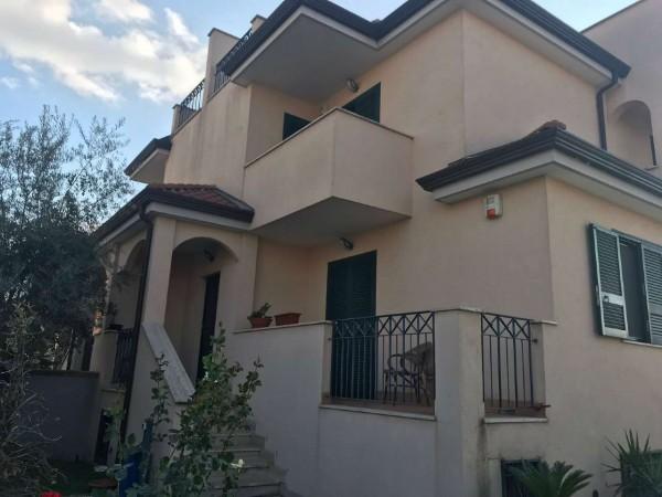 Villa in vendita a Sant'Anastasia, Arredato, con giardino, 270 mq