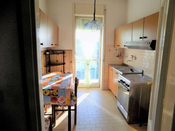 Appartamento in vendita a Biandronno, 100 mq