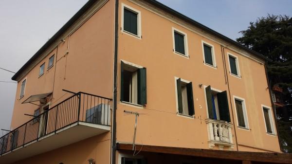 Appartamento in vendita a Bovolenta, Semicentrale, 70 mq