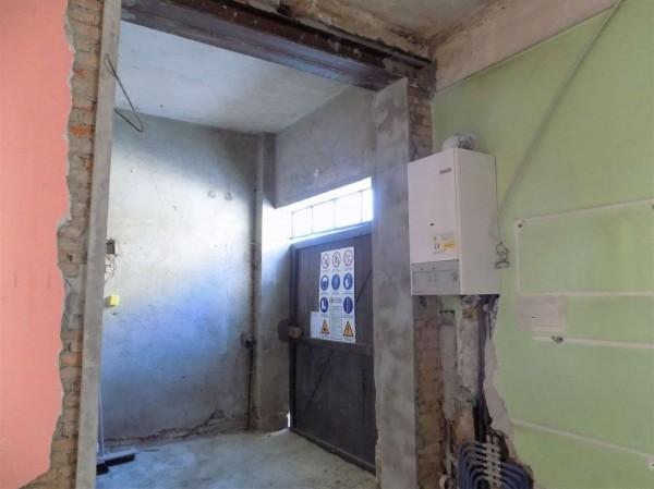 Locale Commerciale  in affitto a Besozzo, Centro, 100 mq - Foto 8