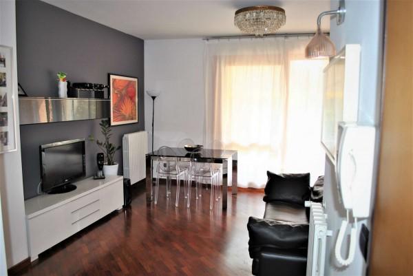 Appartamento in vendita a Tradate, 90 mq - Foto 1