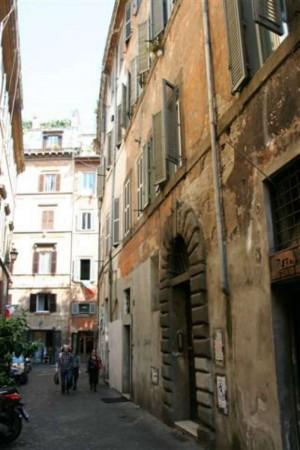 Appartamento in vendita a Roma, Centro Storico, 67 mq
