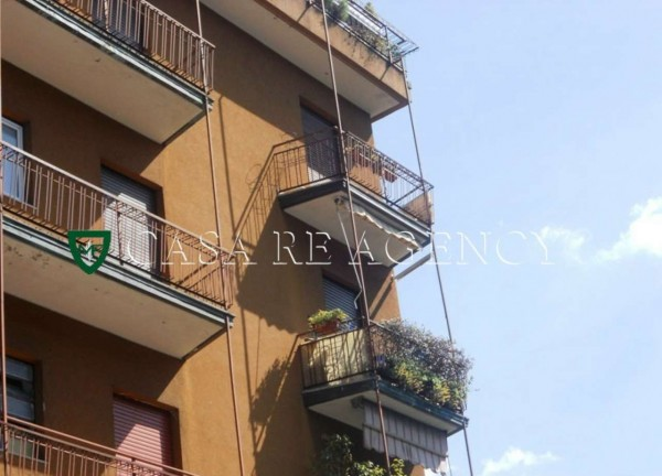 Appartamento in vendita a Varese, Ippodromo, Con giardino, 90 mq