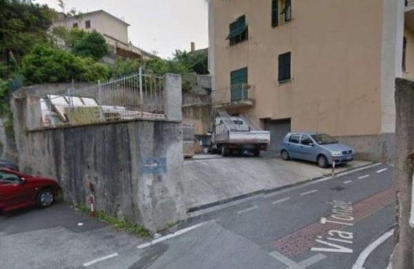 Negozio in vendita a Genova, Sestri Ponente, Con giardino, 100 mq