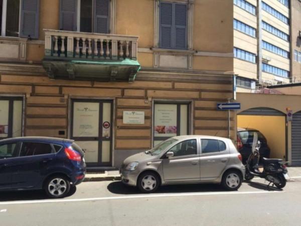 Negozio in affitto a Genova, Sestri Ponente, Con giardino, 55 mq