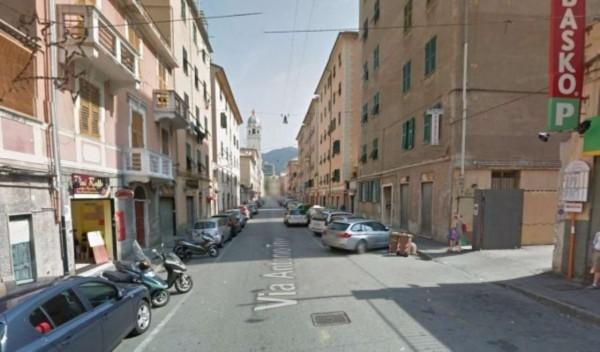 Negozio in vendita a Genova, Sestri Ponente, 70 mq - Foto 1
