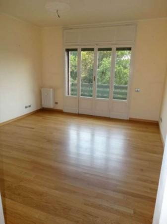 Appartamento in affitto a Milano, 130 mq