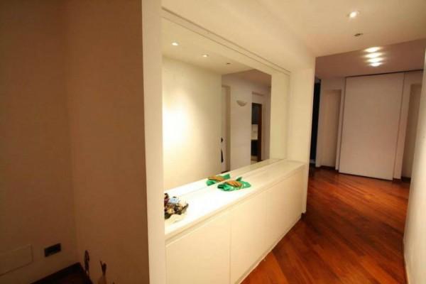 Appartamento in vendita a Milano, Moscova Solferino, 110 mq