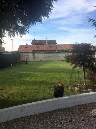 Appartamento in vendita a Casorezzo, 110 mq - Foto 2