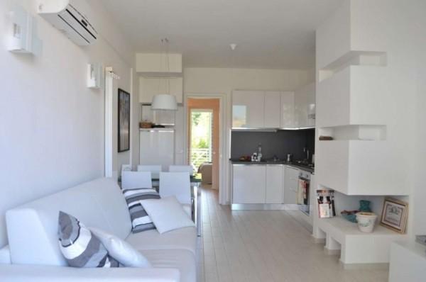 Appartamento in vendita a Dairago, 83 mq