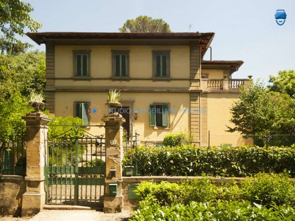 Villa in vendita a Firenze, Con giardino, 350 mq