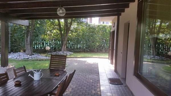 Villa in vendita a Desio, Con giardino, 130 mq