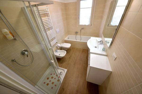 Appartamento in vendita a Desio, Parco - Stazione, 80 mq