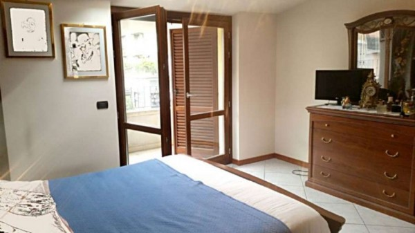 Appartamento in vendita a Muggiò, Centro, 75 mq