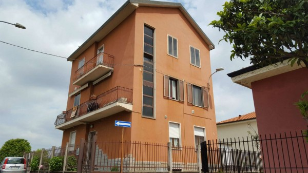 Appartamento in vendita a Muggiò, San Carlo, 85 mq