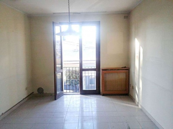 Appartamento in vendita a Muggiò, Centro, Con giardino, 65 mq