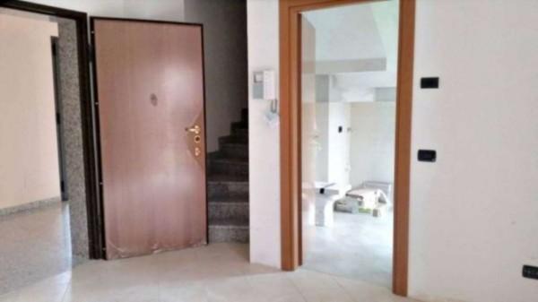 Appartamento in vendita a Muggiò, Con giardino, 93 mq