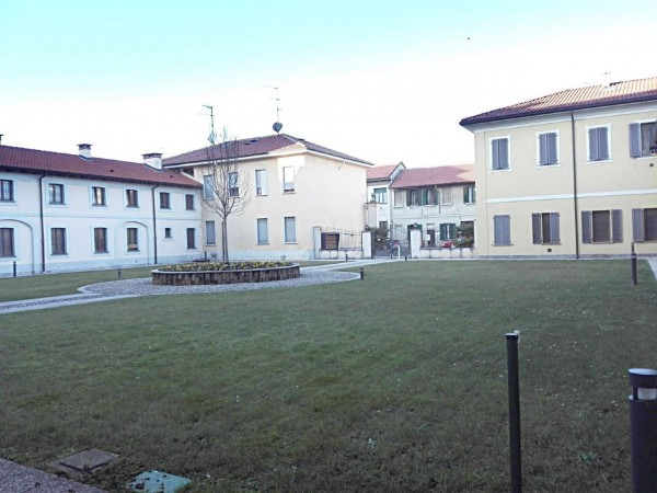 Appartamento in vendita a Muggiò, Taccona, Arredato, con giardino, 48 mq - Foto 3