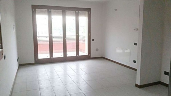 Appartamento in vendita a Nova Milanese, Centro, Con giardino, 58 mq
