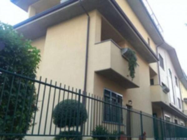 Appartamento in vendita a Nova Milanese, 95 mq