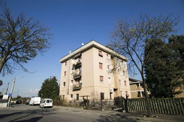 Appartamento in vendita a Nova Milanese, Zona San Giuseppe / Poste, 75 mq