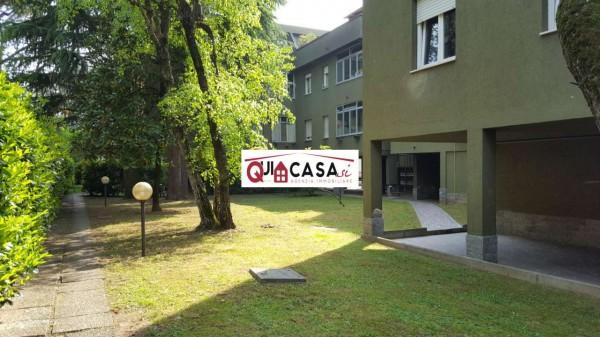 Appartamento in vendita a Seregno, San Carlo, Con giardino, 98 mq