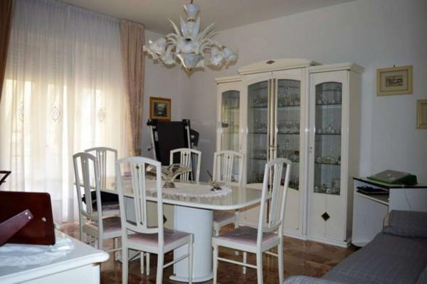 Appartamento in vendita a Forlì, Medaglie D'oro, Con giardino, 120 mq