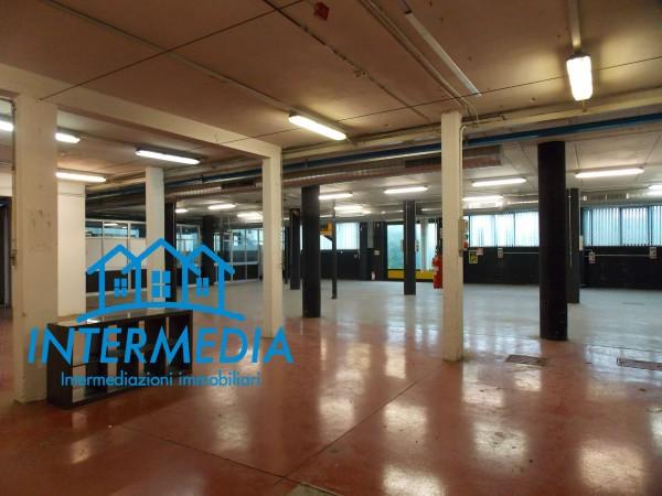 Ufficio in vendita a Rozzano, Con giardino, 2400 mq - Foto 16