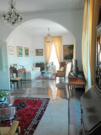 Appartamento in vendita a Genova, Quadrilatero, 200 mq - Foto 1