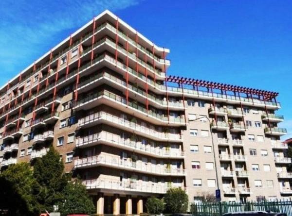 Appartamento in vendita a Torino, Piazza Ruggero Bonghi - Via Saorgio, Con giardino, 90 mq