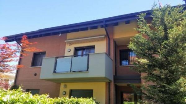 Appartamento in vendita a Pregnana Milanese, 160 mq