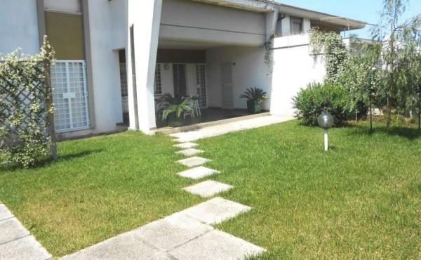 Appartamento in vendita a Anzio, Lavinio Giornalisti, Con giardino, 70 mq