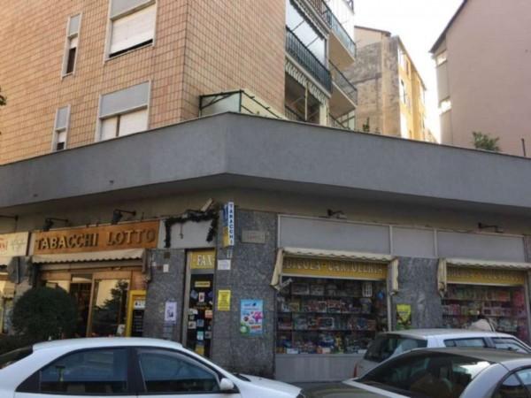 Locale Commerciale  in vendita a Torino, Madonna Di Campagna, 55 mq - Foto 2