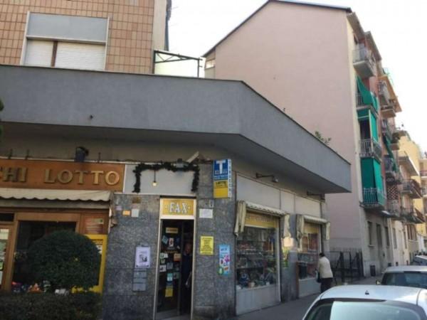 Locale Commerciale  in vendita a Torino, Madonna Di Campagna, 55 mq - Foto 4